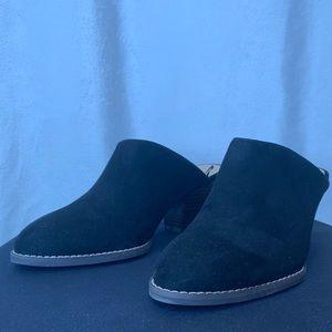 Old Navy black suede slip on mule with wood heel